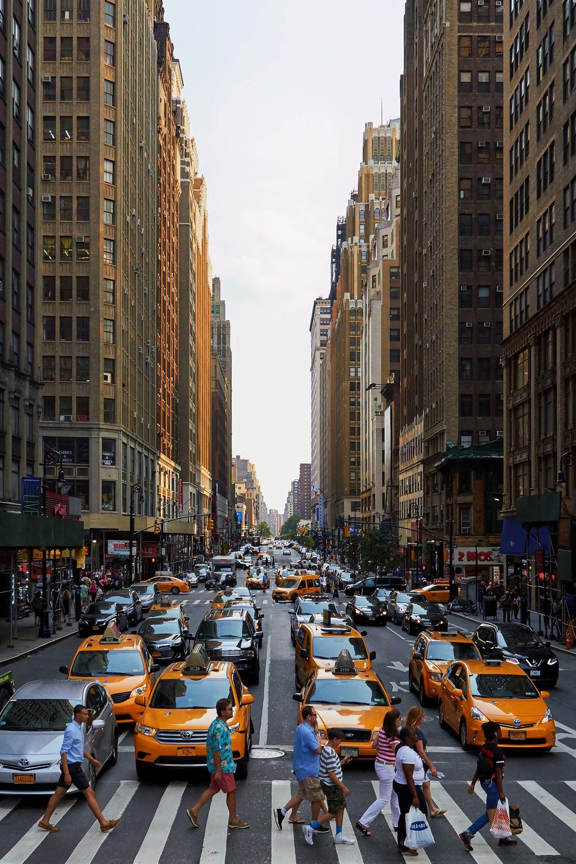 New_York_Street_Crossing_web.jpg