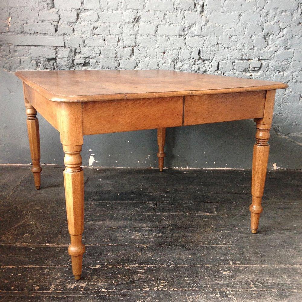 Large oak dinning table