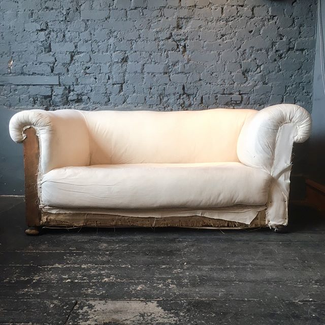 Victorian drop arm 2 seater sofa, great as it's is or to reupholster @no8update this #saturday #victorian #sofa #2seater #reupholstery #vintage #furniture #lounge #sittingroom #london #croydon