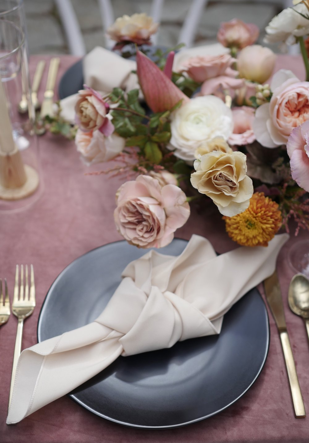 Wedding flowers by florist Color Theory Collective