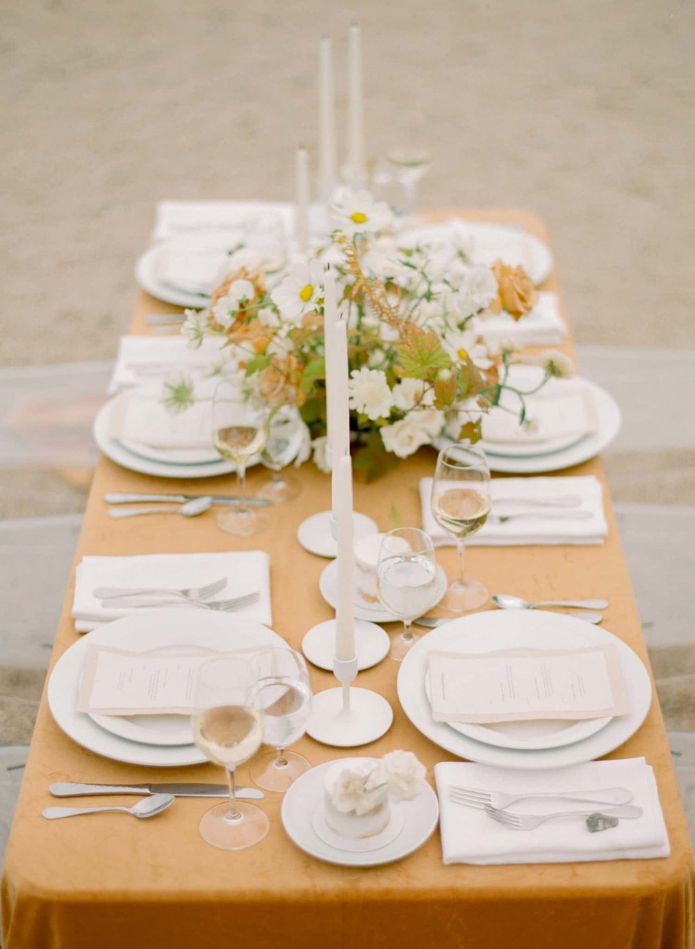 Head Table for wedding designed with flowers by Color Theory