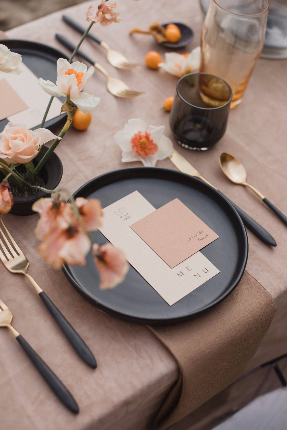 ELEMENTAL - $75/hrIdeal for editorial photoshoots, dinner parties and other intimate gatheringsA La Carte Items per Client's Needs:Planning MeetingDesign BoardVendor ReferralsMaterials SourcingOnsite Styling