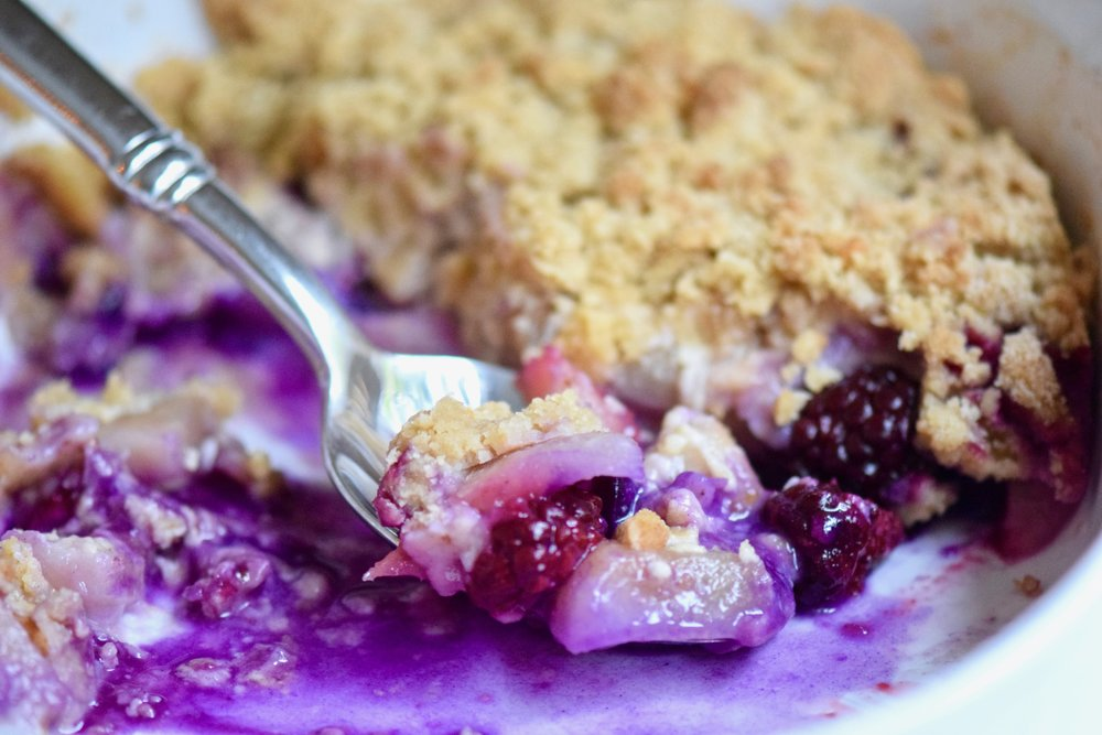 PEAR & BLACKBERRY CRUMBLE