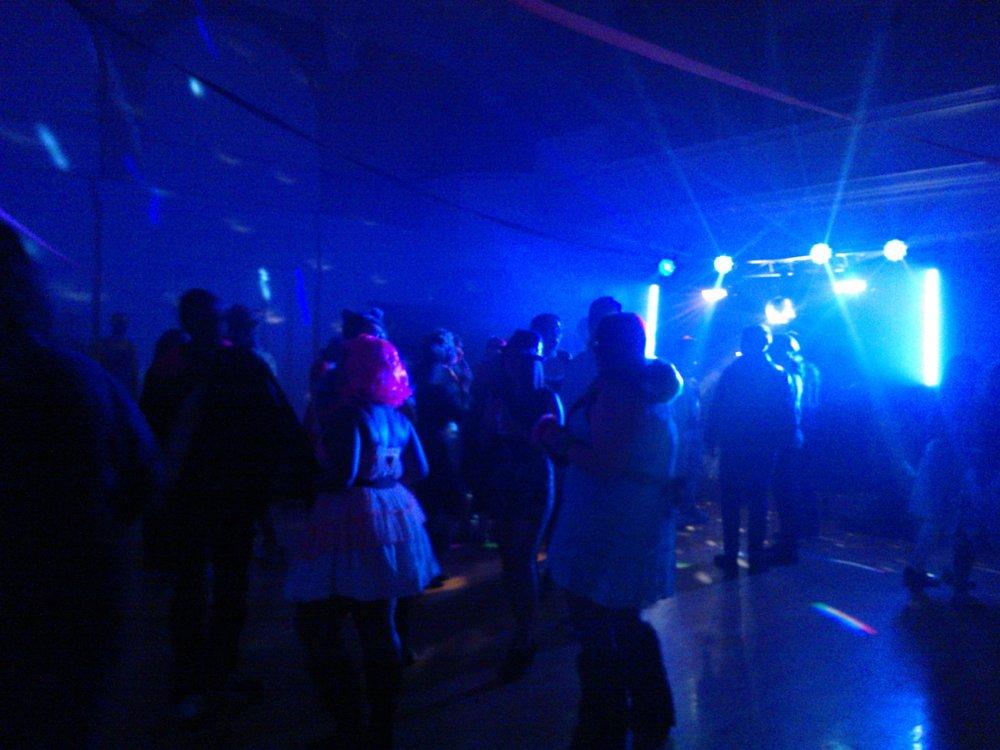 Halloween Dance 2013 (3).jpg