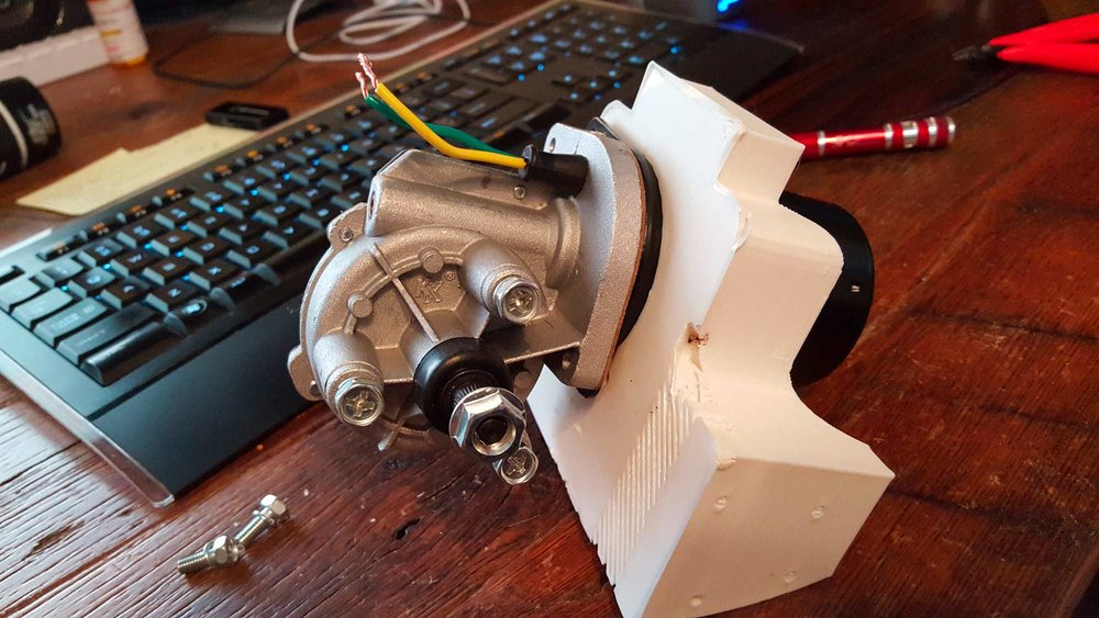 Printed the motor mount to the main drive wheel