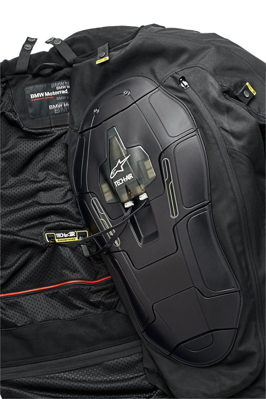 P90202819_highRes_bmw-motorrad-rider-e.jpg