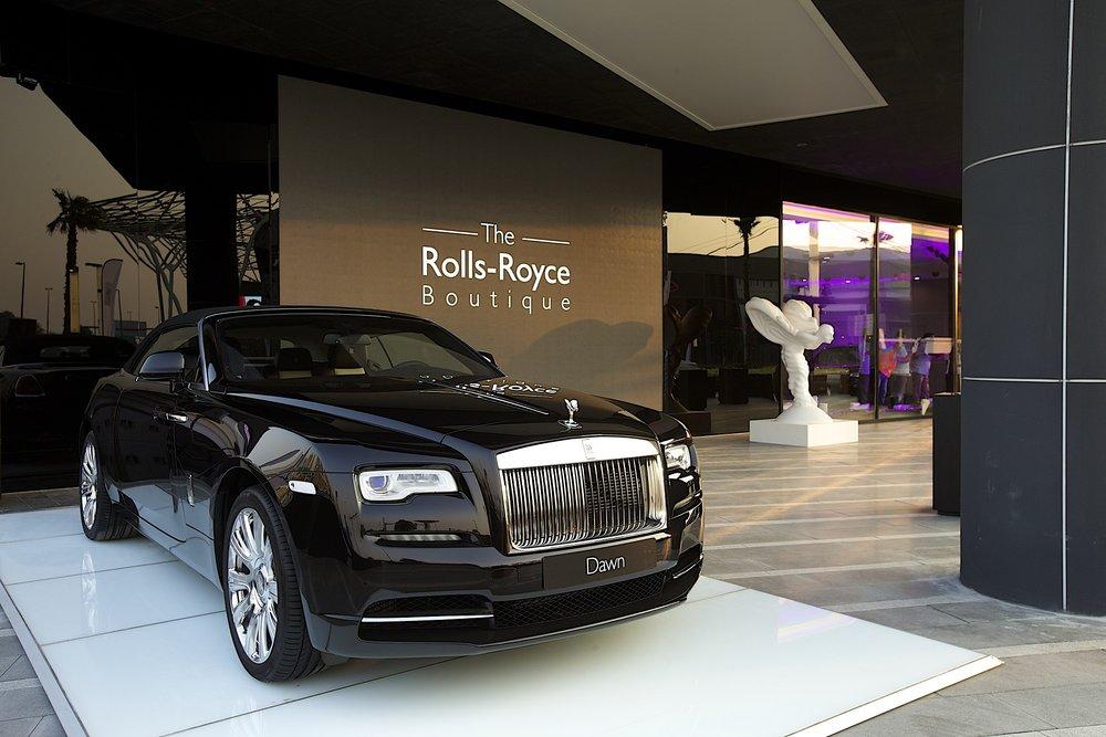 P90241114_highRes_rolls-royce-motor-ca.jpg