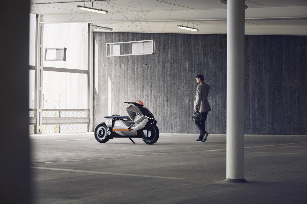 P90260575_highRes_bmw-motorrad-concept5.jpg