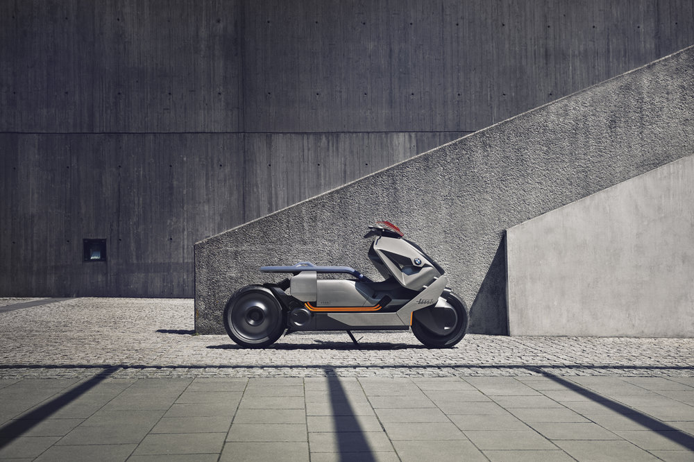 P90260577_highRes_bmw-motorrad-concept2.jpg