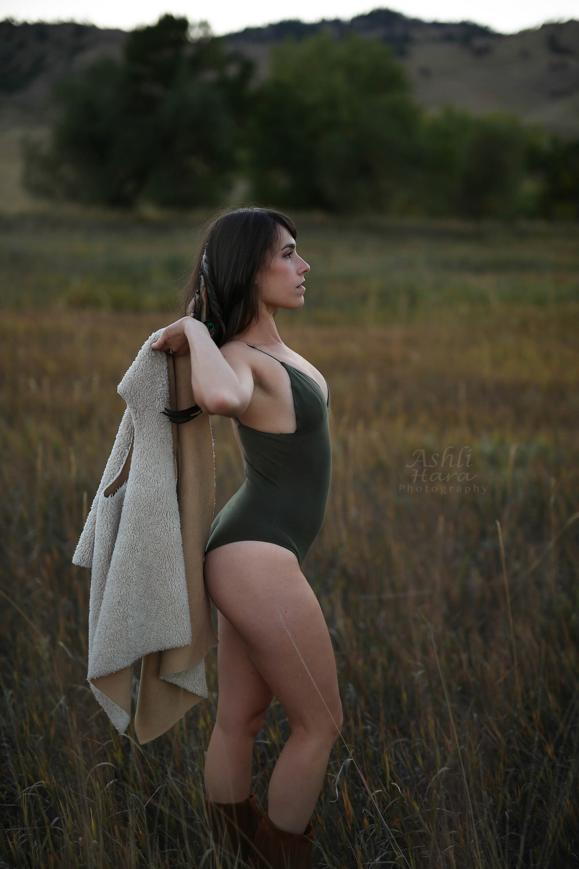 Ashlihara Photography ~ Samantha ~ Onesie 5 copy.jpg