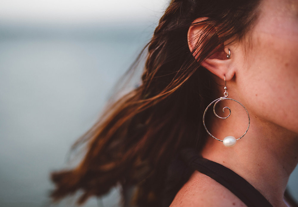 Ashlihara photography ~ earring detail 1.jpg
