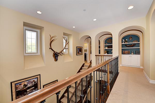 Interior019.jpg