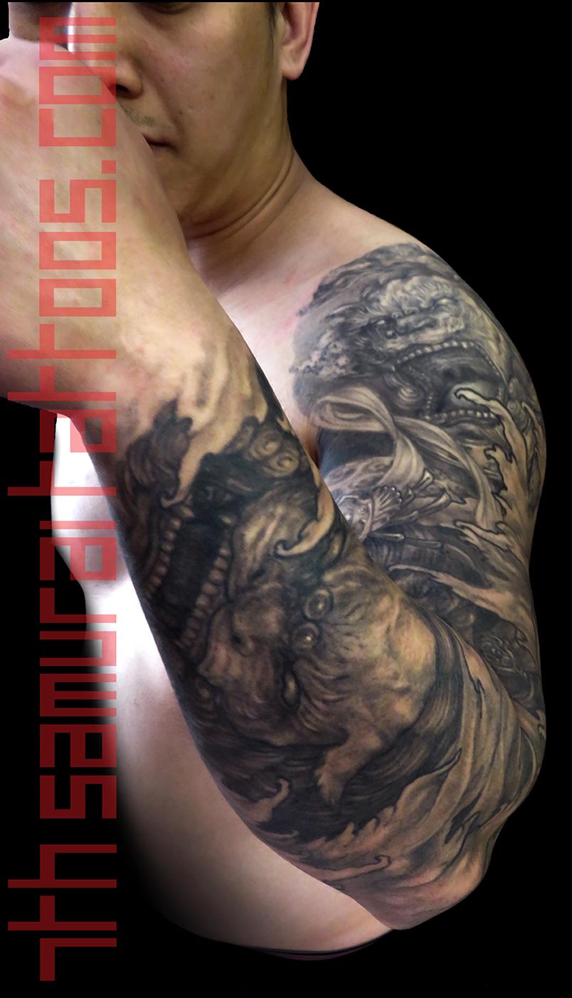 7 PORT Fantasy monkey king fudogs koi 7th samurai Kai men's asian sleeve IMG_1874 TIFF6 level white main.jpg