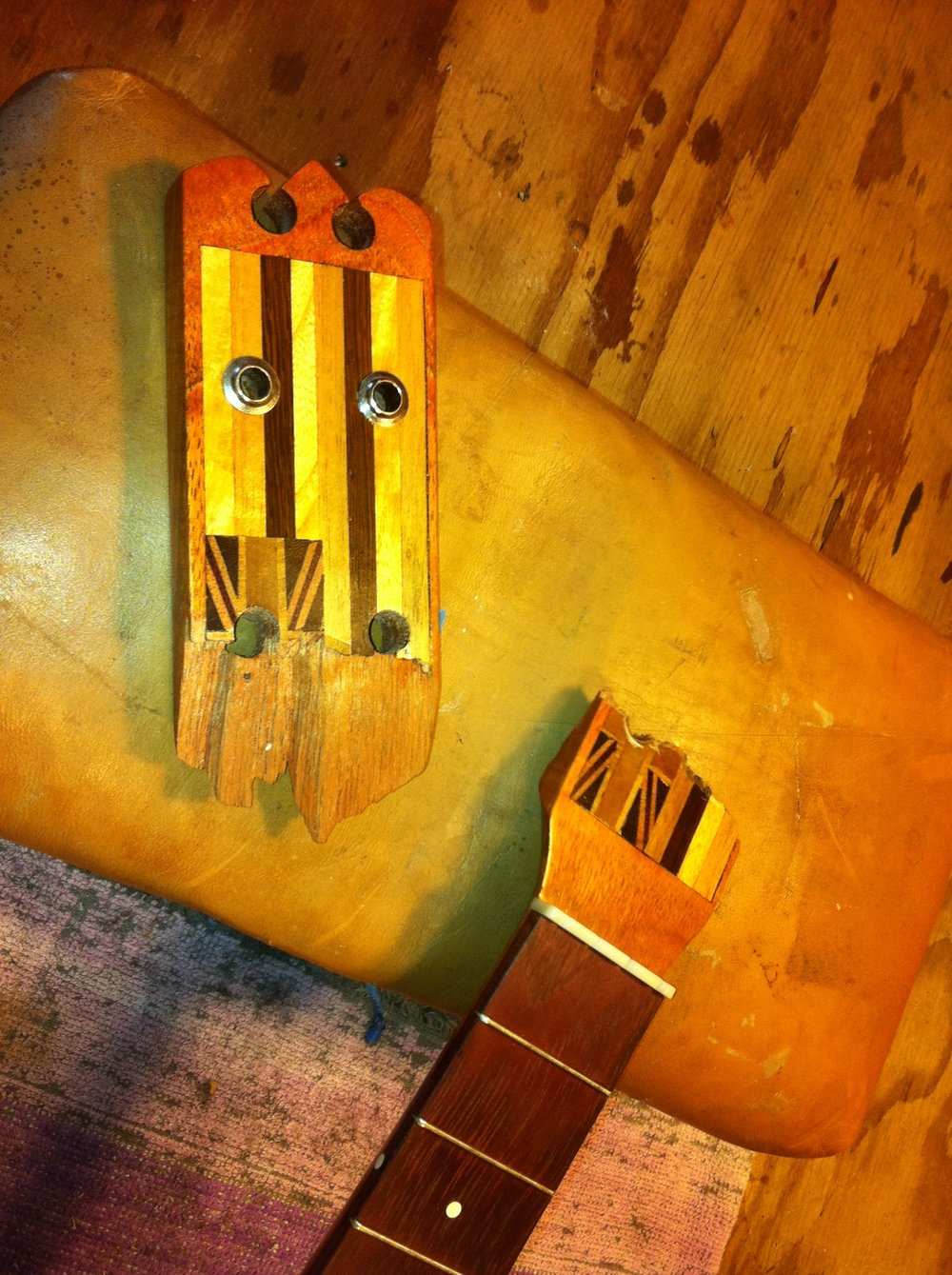 A local neighborhood lutherie hero of mine, Les Reitfors. Wonderfully personal, handmade instruments with island pride.