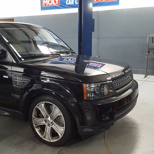 #superchargedv8 ✔ #brembos ✔ #airride ✔ #rangeroversport has got it all. #panzerperformance got to take care of this beast this weekend. It's a #supersuv and was blast to drive. #Bradenton #sarasota #shop #landrover #rangerover