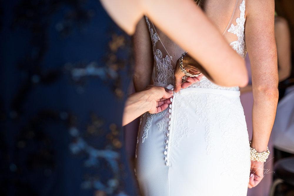 west_michigan_wedding_photographer_JMH_Photography-10.jpg