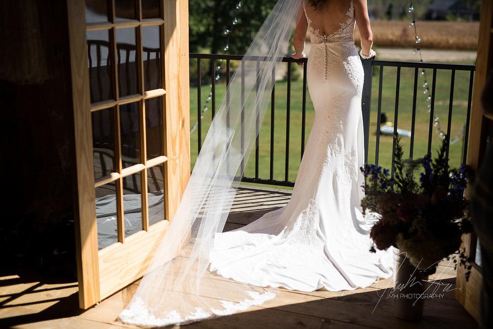 west_michigan_wedding_photographer_JMH_Photography-13.jpg