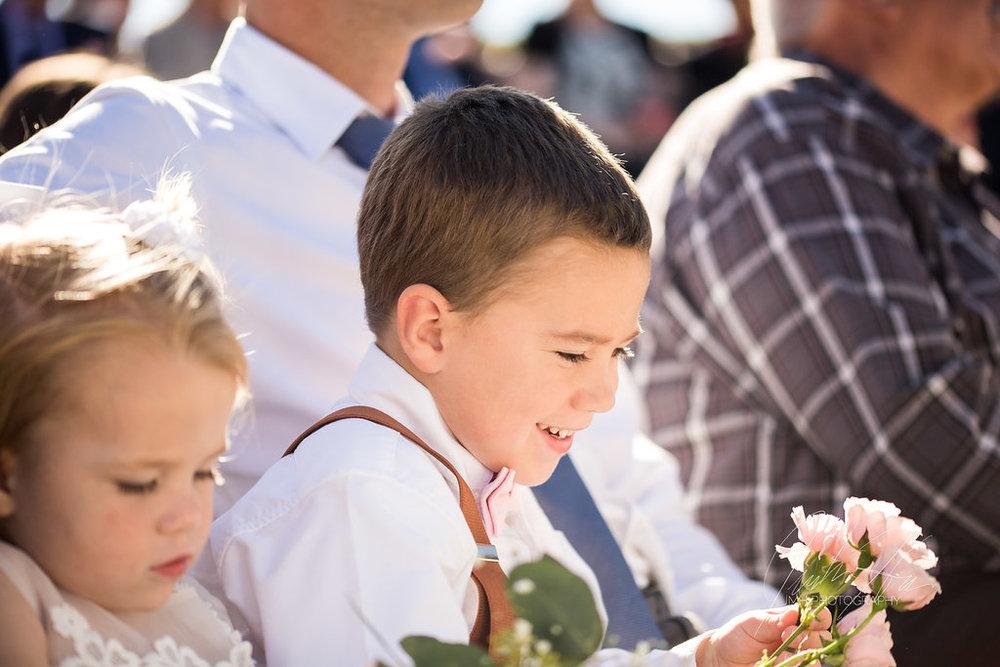 west_michigan_wedding_photographer_JMH_Photography-31.jpg