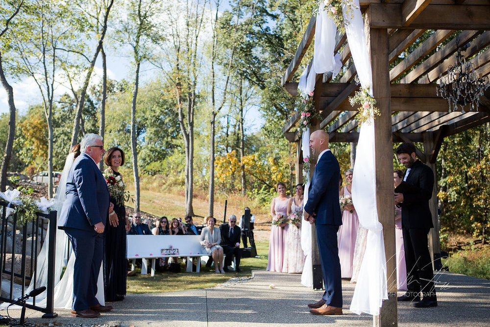 west_michigan_wedding_photographer_JMH_Photography-32.jpg