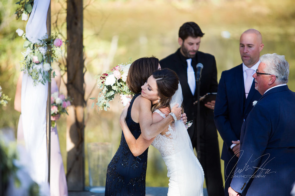 west_michigan_wedding_photographer_JMH_Photography-33.jpg