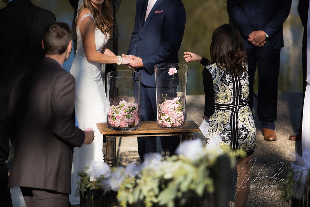 west_michigan_wedding_photographer_JMH_Photography-35.jpg