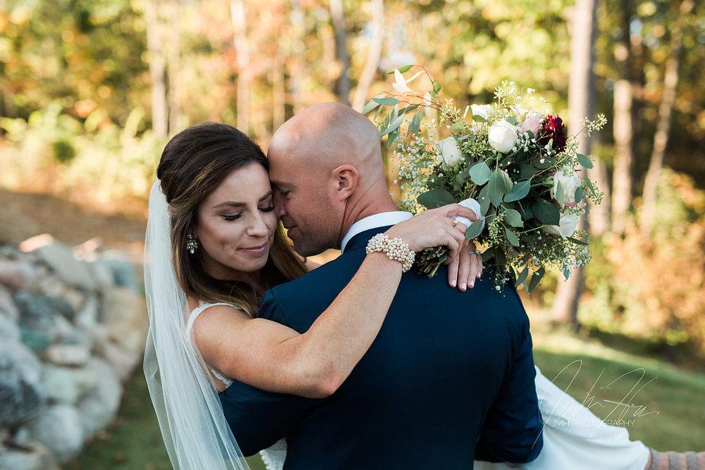 west_michigan_wedding_photographer_JMH_Photography-46.jpg