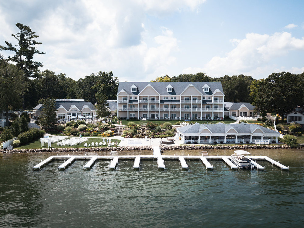 bay_pointe_inn_destination_wedding_drone_-2.jpg