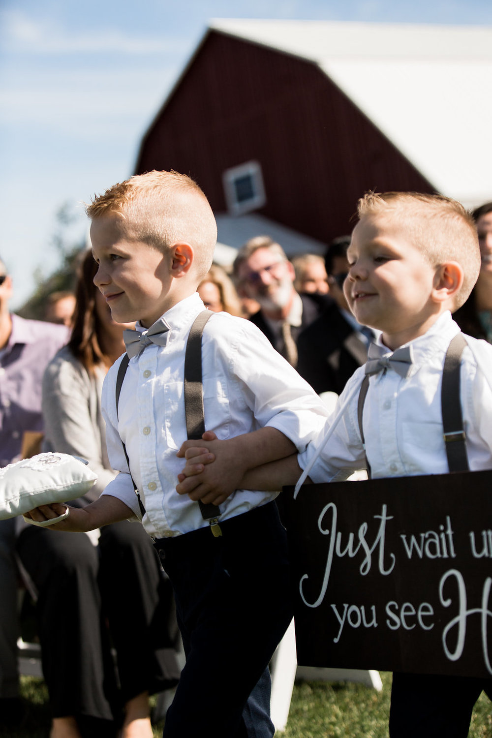 Sonshine_barn_northern_michigan_wedding_-65.jpg