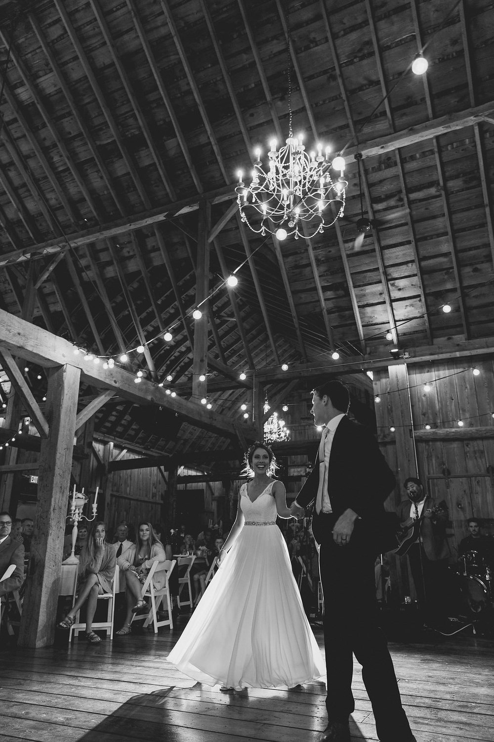 Sonshine_barn_northern_michigan_wedding_-86.jpg