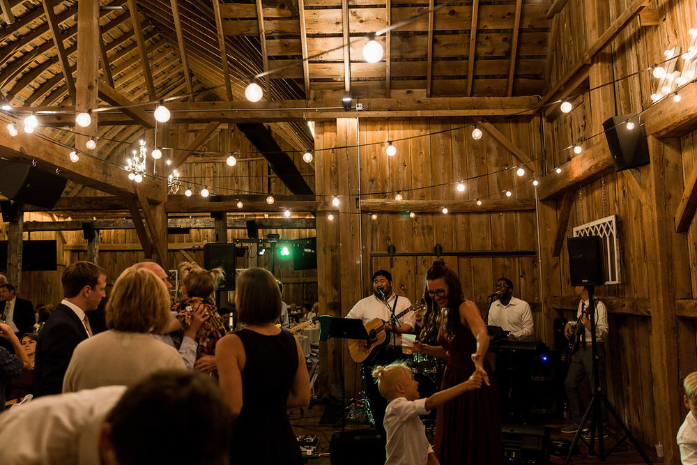 Sonshine_barn_northern_michigan_wedding_-94.jpg