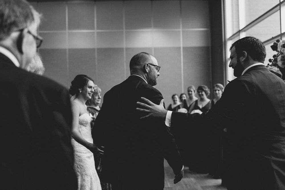 best_midwest_wedding_photographer_JMH_photography-60.jpg