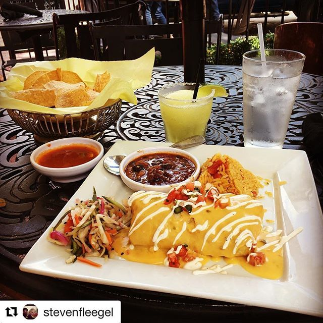 Thank you @stevenfleegel #Repost・・・ Great meal (steak chimichanga) with $2 Margaritas ------------------------------------#mexican #food #steak #chimichanga #chips #margarita #cocktails #drink #weekend #patio #foodie #foodporn #nomnom #yummy #delicious #foodstagram #instafood #instagood #foodgasm #foodpics #hungry #happy #enjoy #bestoftheday #picoftheday #eat #goodeats #restaurant #rjmexicancuisine