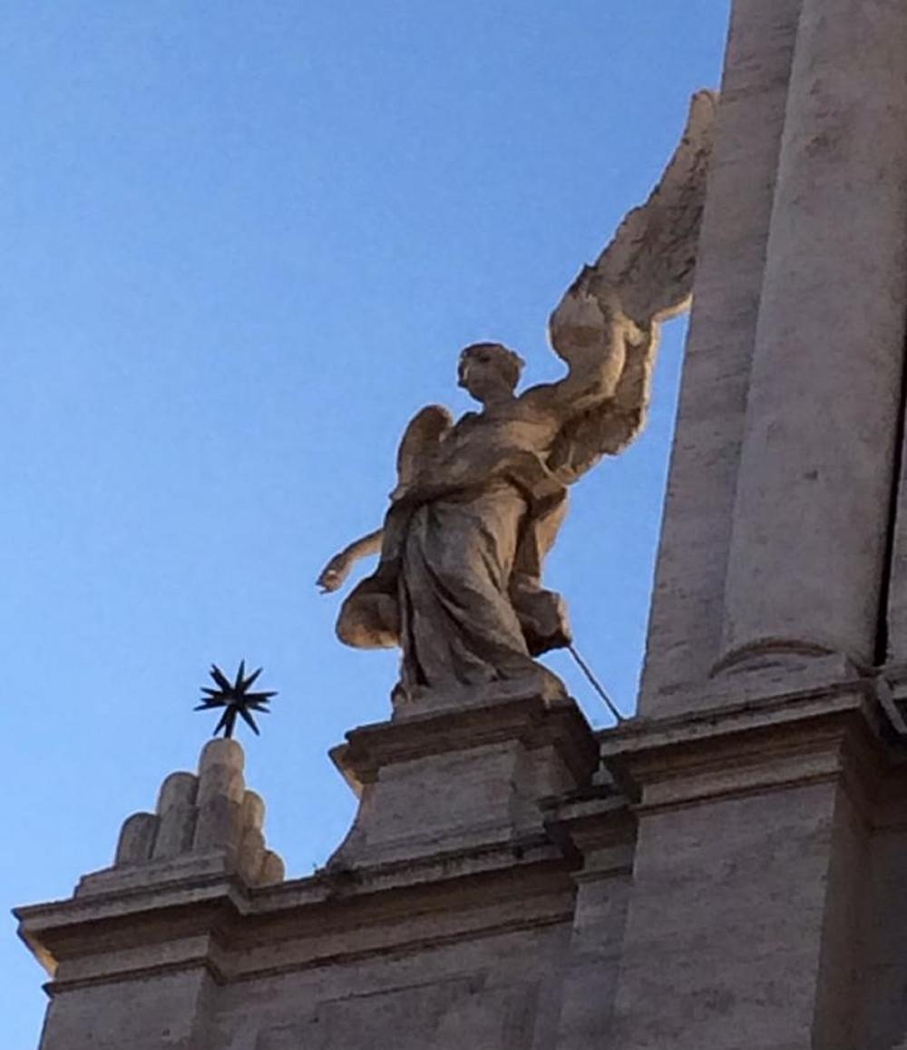 rome-tree-statue-1.jpg