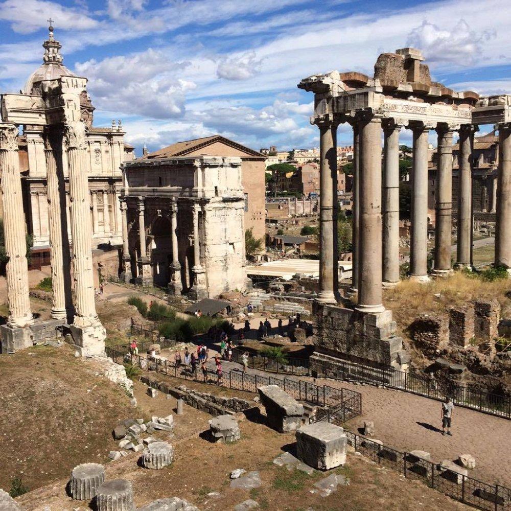 dhms-rome-ruins-1.jpg