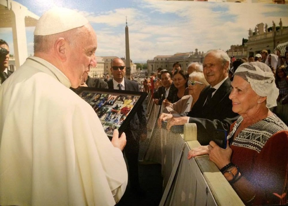 dhms-pope-francis-receives-denver-homeless-ministry-collage-from-tanya1.jpg
