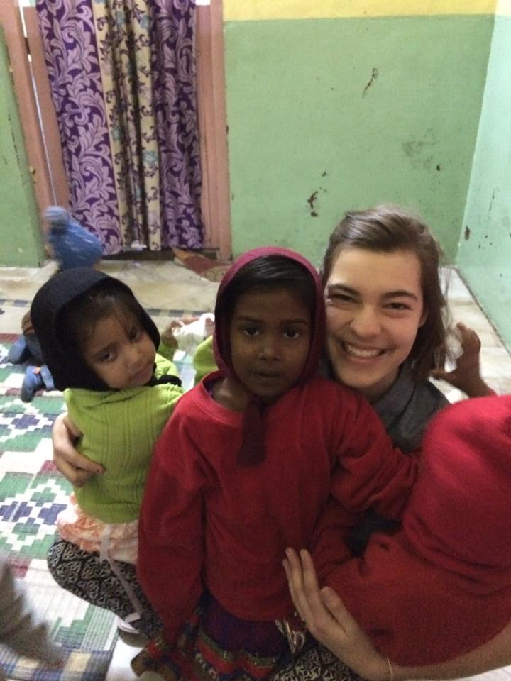 tanya-india-children-with-anne.jpg