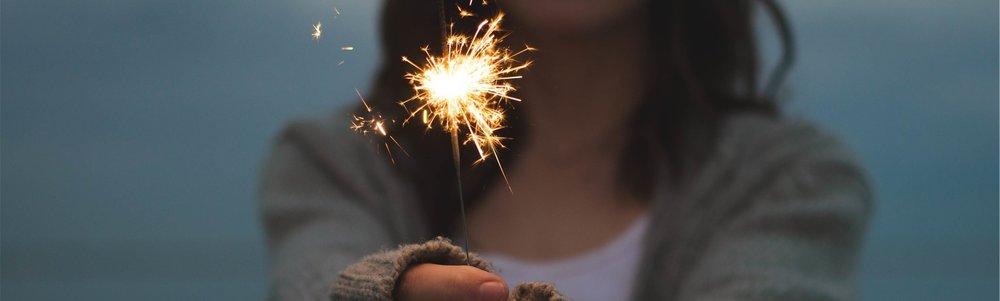 sparkler-677774.jpg