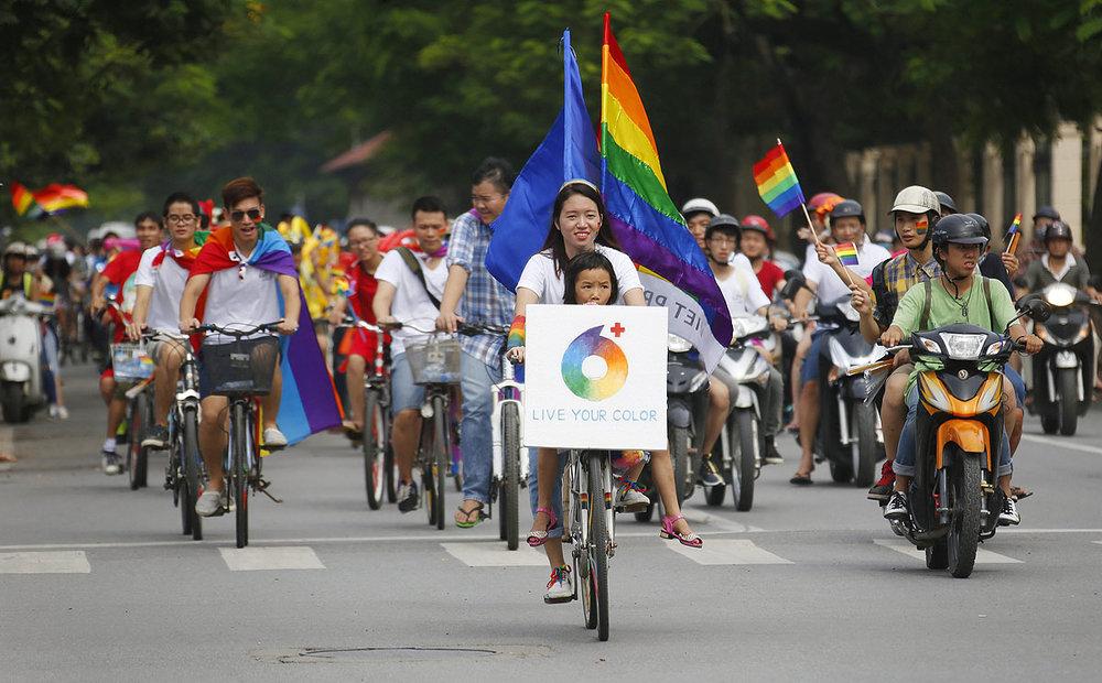 Việt Pride in Hà Nội 2014 (Photo courtesy: Nguyễn Thanh Tâm)