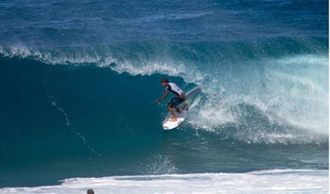 Soli Bailey on his way to taking out the Volcom Pipe Pro photo: @wsl