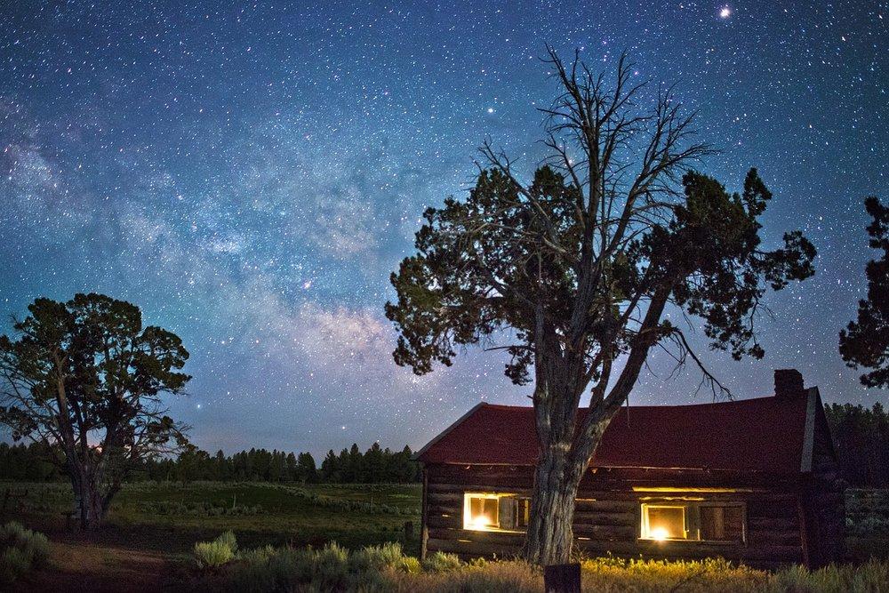 night-sky-2082797_1280.jpg