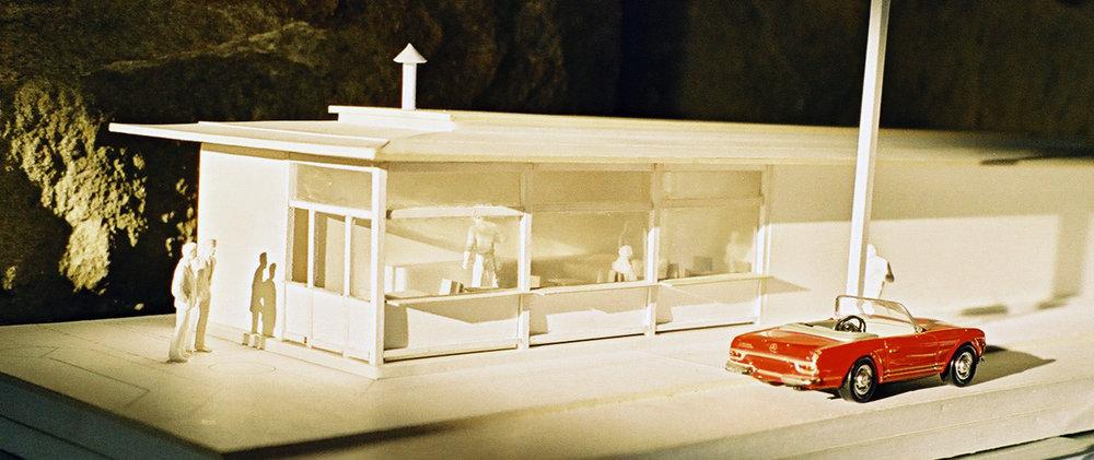 gaupenraub_engel-am-naschmarkt-08_modell-winter.jpg