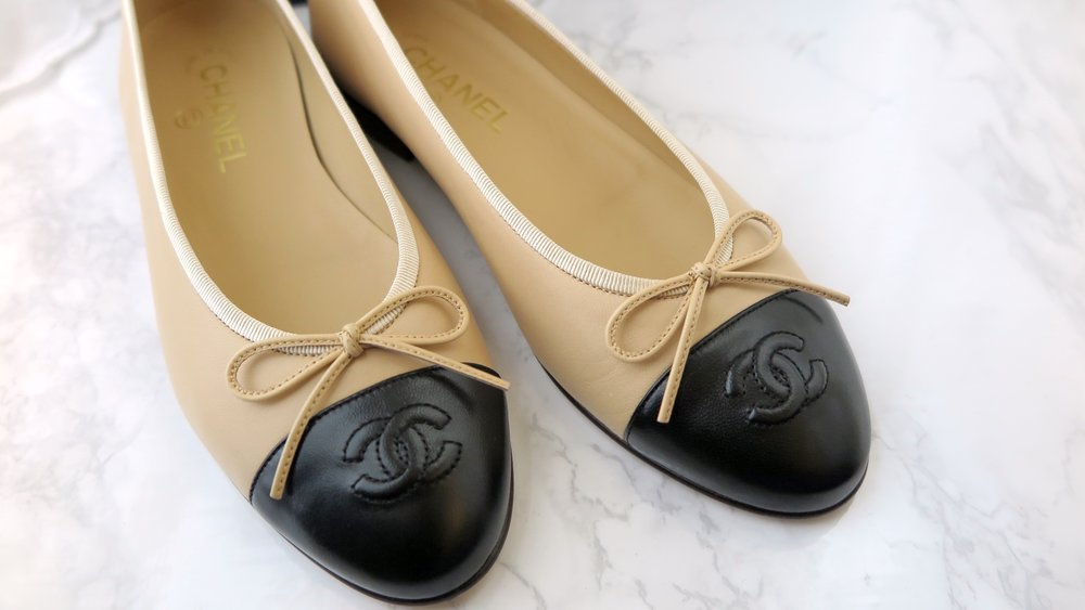 unboxing of chanel flats