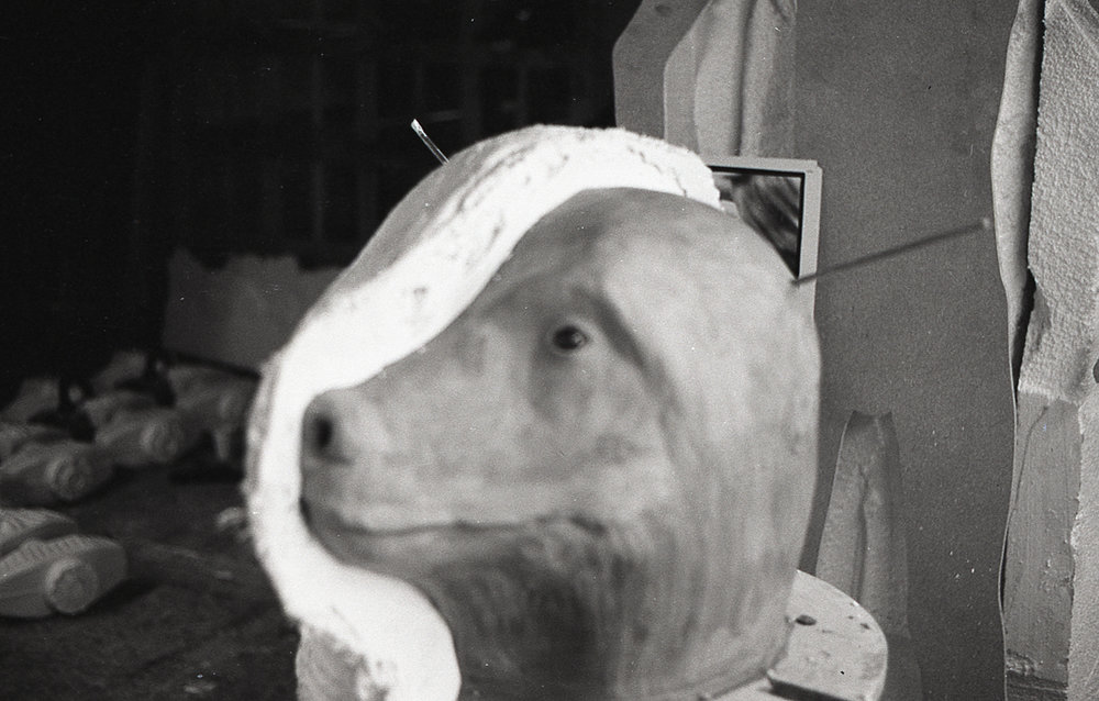 - A clay model of the bear`s head is made and plaster cast taken off it.