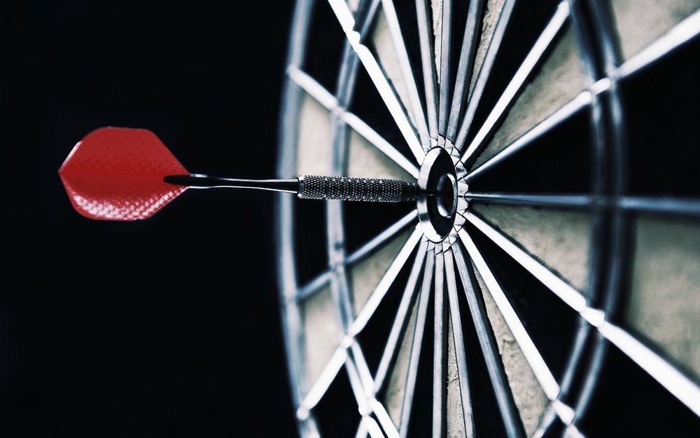target-dart-darts-1440x900.jpg