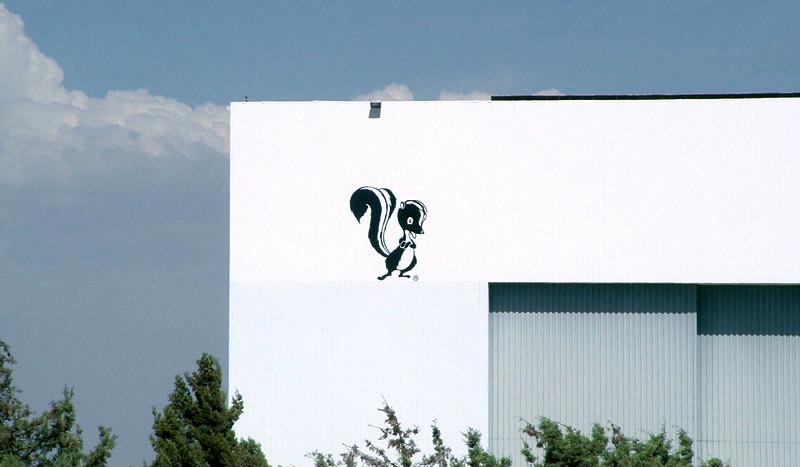 Image: The Lockheed Martin Skunk Works hangar in Palmdale, California. (Original Skunkworks).