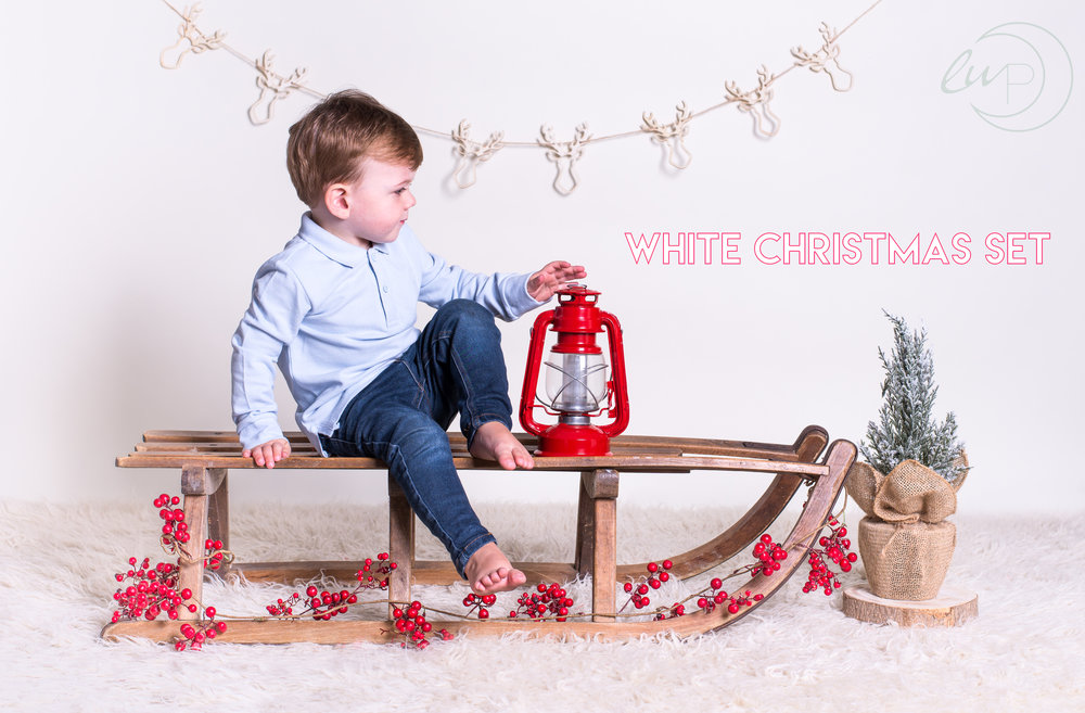 christmas photo shoot, christmas photos, childrens christmas photos, childrens photographer essex, kids photographer essex, Christmas photo shoots essex, christmas photos essex