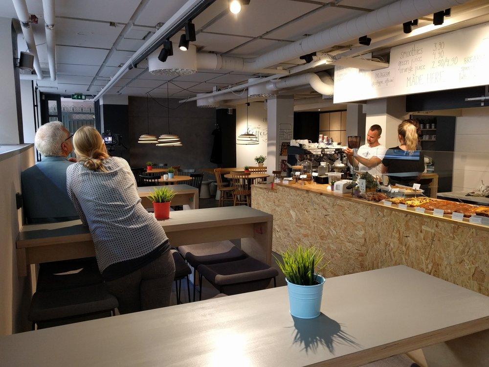 Paras moderni uusi ihana kahvila keskustassa Helsinki itsetehty nopea ruoka