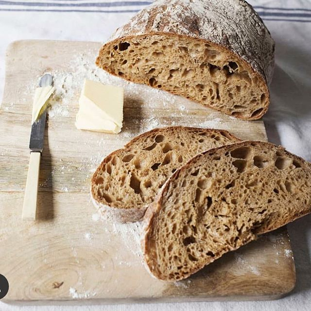 Breadwinners - bringing you fresh artisan bread every Sunday at the market! @wearebreadwinners  #victoriaparkmarket #victoriapark #londonmarkets #eastlondon #bakery #londonfood #farmersmarket