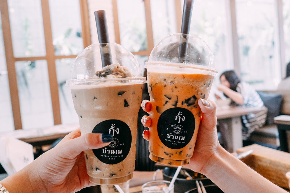 Coffee & Thai tea slushy with grass jelly