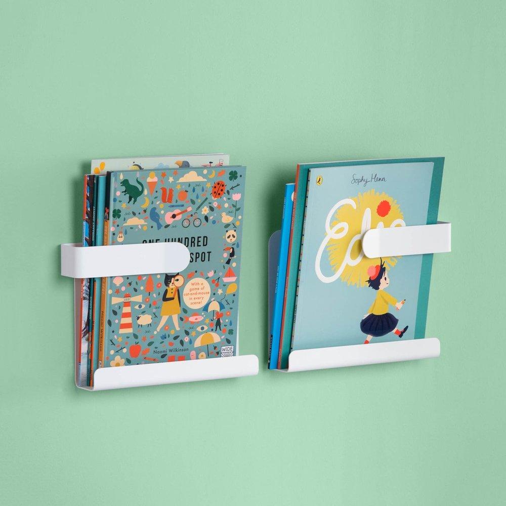 swedeling-HUG-simple-childrens-book-shelf-design-02-2048x2048_1400x1400.jpg